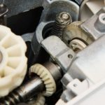 How to Replace Sewing Machine Gears