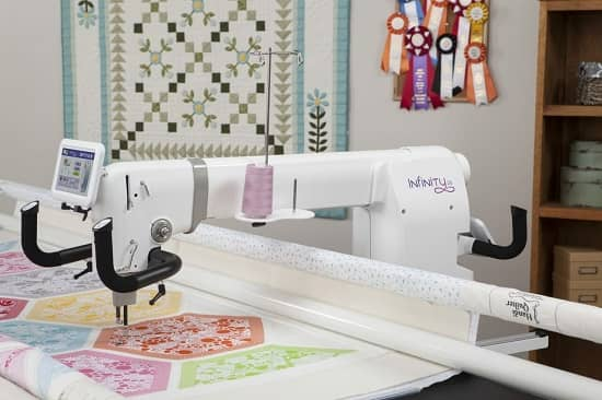Handi Quilter Infinity 26-inch Long Arm with Gallery2 Frame